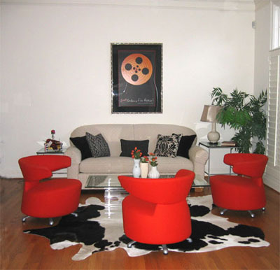 Small Living Room Pictures on Living Room  Small Living Room Space Modern  Comfortable  Colorful And
